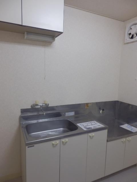 シャトーエトワールⅡ 101号室のキッチン