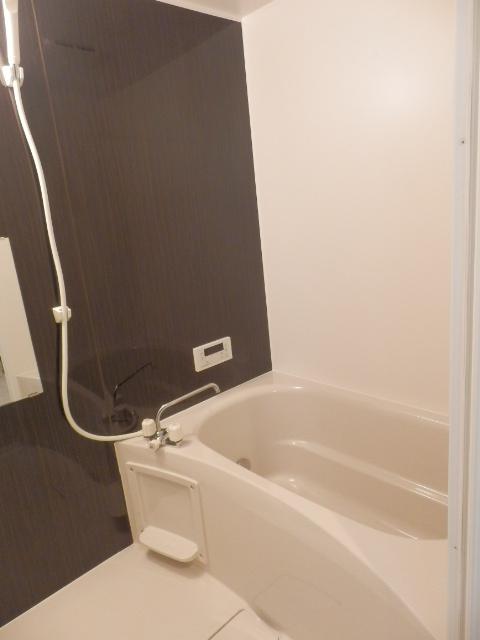ウィンクラッセ 302号室の風呂