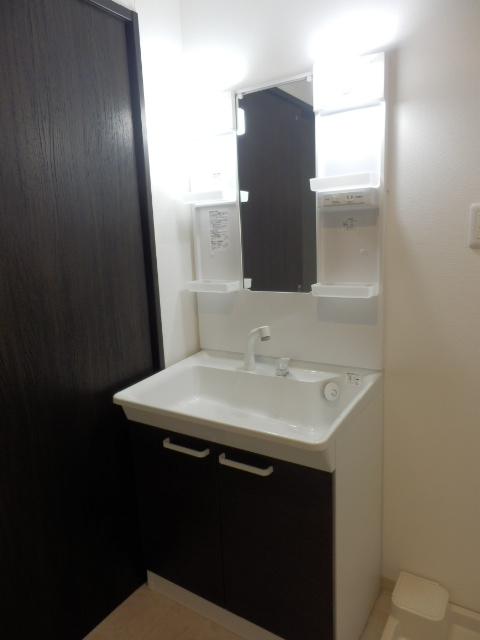 ウィンクラッセ 302号室の洗面所