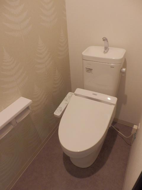 ウィンクラッセ 302号室のトイレ
