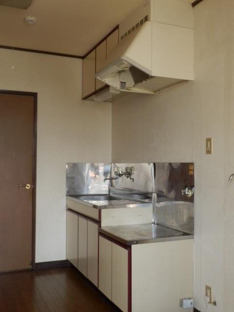 ウッディハイツ Ⅱ 201号室のキッチン