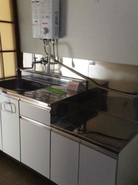 コーポ中村Ⅱ 107号室のキッチン