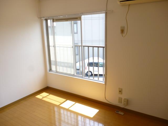 テラムラハイツ 101号室の居室