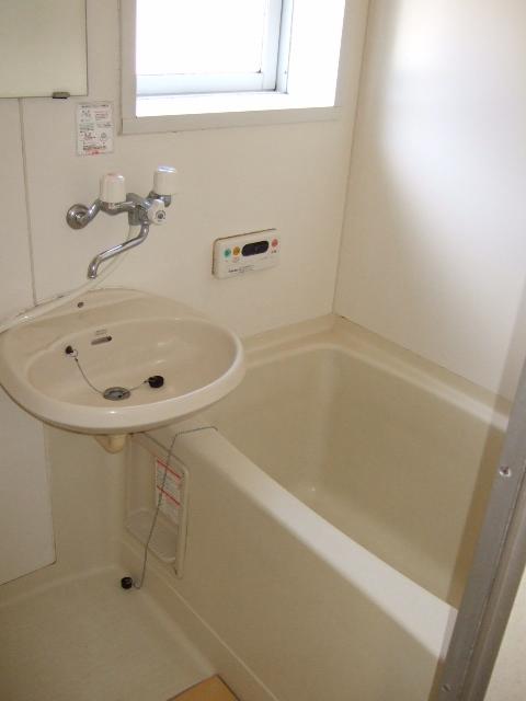 ボヌールシミズC棟の風呂