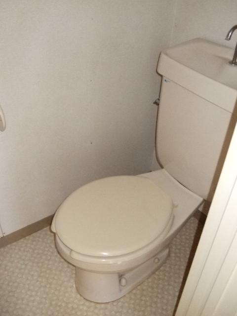 ボヌールシミズC棟のトイレ