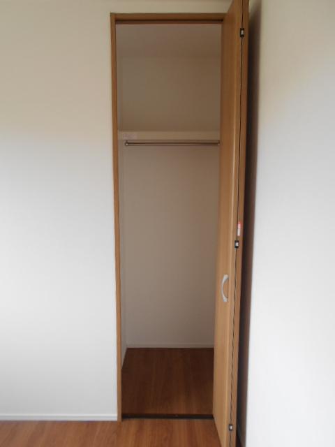 REPOS 203号室の収納
