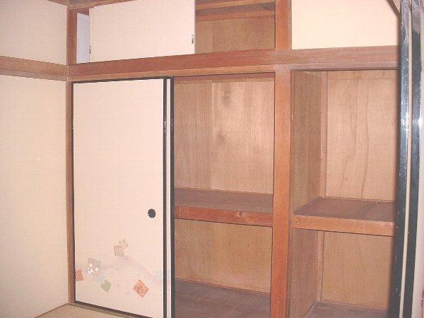 守屋アパート 207号室の収納