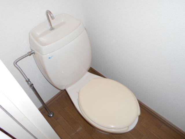サンメゾネットBのトイレ