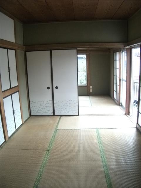 ニューグリーンコーポ 201号室のリビング
