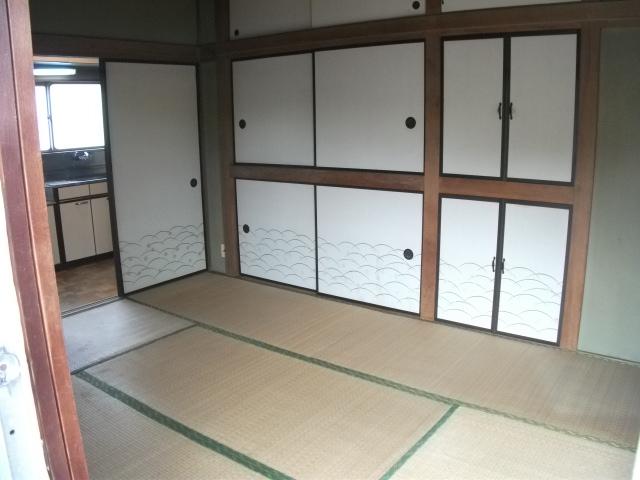 ニューグリーンコーポ 201号室の居室