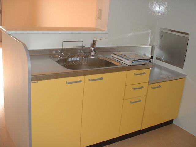ヴァンヴィーブル早稲田 101号室のキッチン