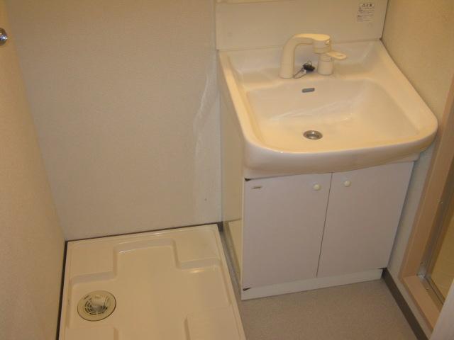 メゾン・ド・ヴィル 503号室の洗面所