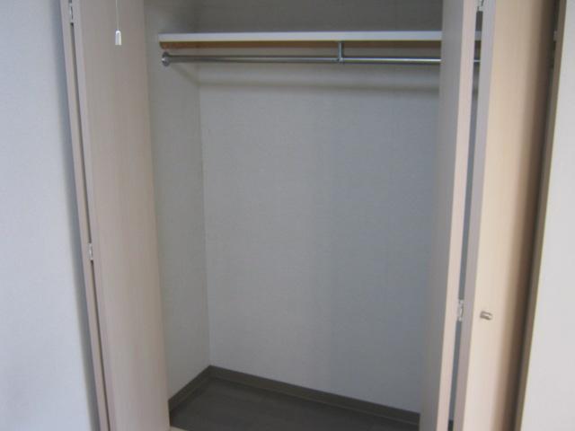 メゾン・ド・ヴィル 503号室の収納