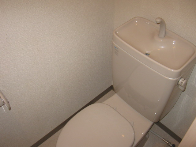メゾン・ド・ヴィル 503号室のトイレ
