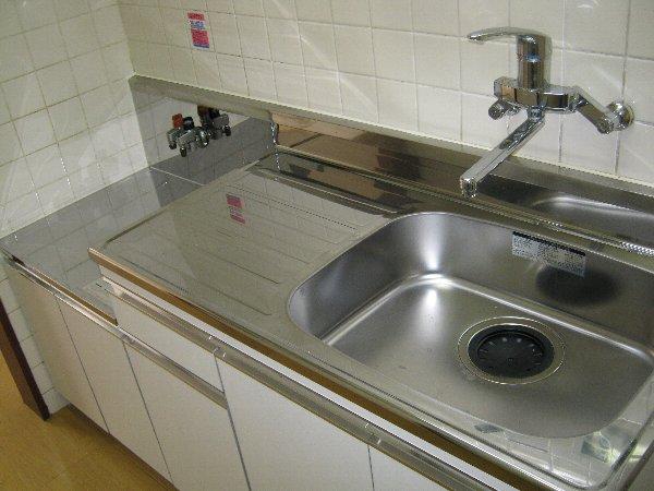 ほまれコーポ 205号室のキッチン