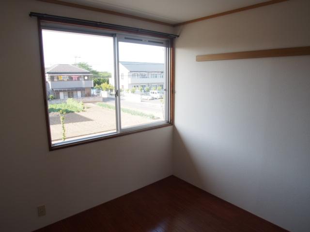 セントラルハイム 203号室の居室