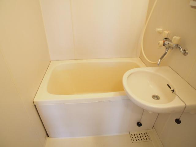 セントラルハイム 203号室の風呂
