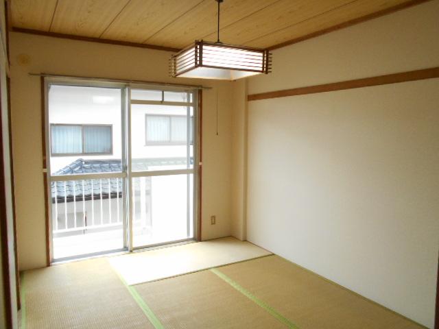 セルアーモ北春日部白石Ⅰ 203号室の居室