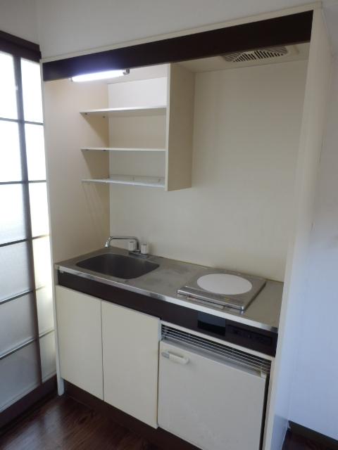 ヒルズミヤマ 201号室のキッチン