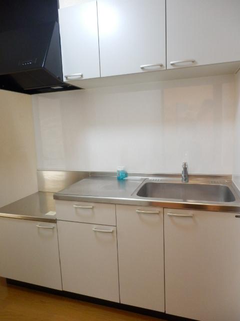 アムール MIYAMA 104号室のキッチン