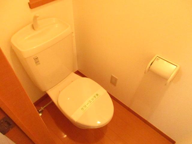 エクセレントショア 402号室のトイレ