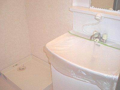 スカイパレス東戸塚 615号室の洗面所