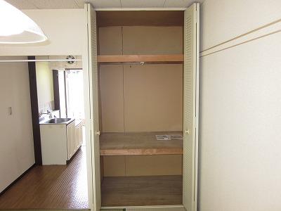 コーポ草風A棟 201号室の収納