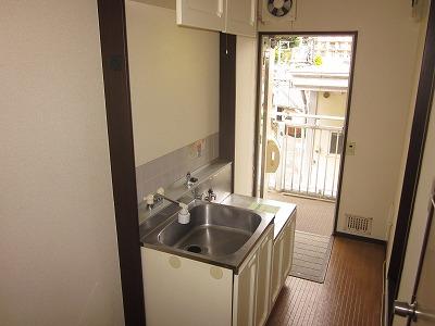コーポ草風A棟 201号室のキッチン