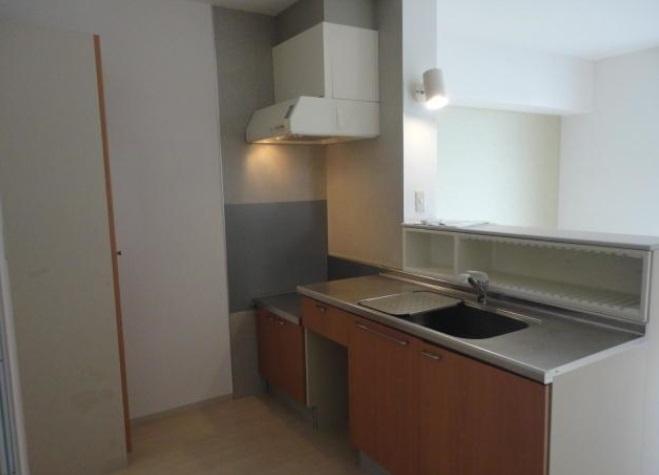 グランシード中丸NO8 206号室のキッチン