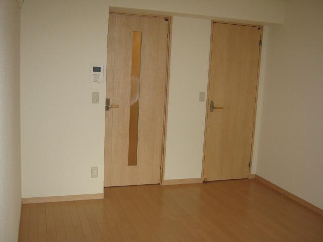 エアリーズ 307号室の居室