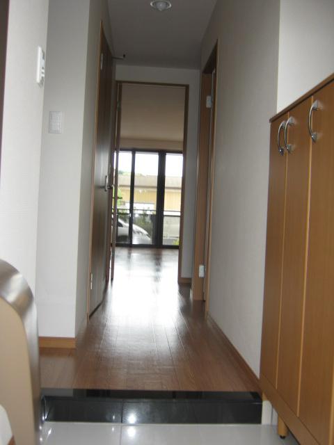 アンベリール・K・湘南 103号室の玄関