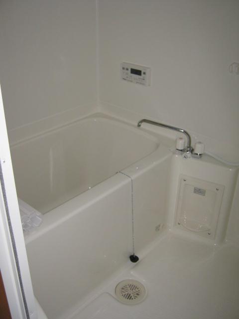 アンベリール・K・湘南 103号室の風呂