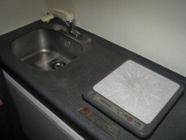 メゾン・ド・コンフォール 413号室のキッチン
