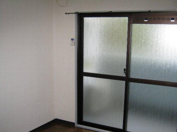 メゾン・ド・コンフォール 413号室のリビング
