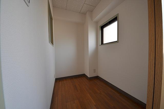 ファミール小幡 107号室の収納