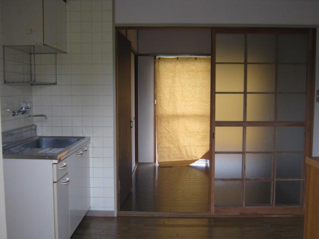 リバーサイドハイツ 103号室のベッドルーム