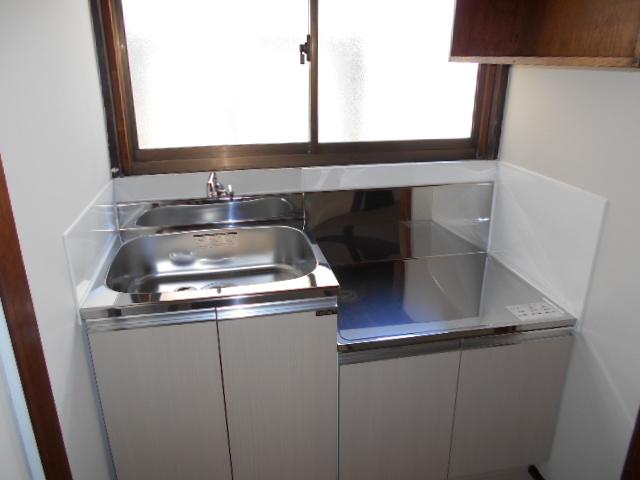 山下ハイツ 201号室のキッチン