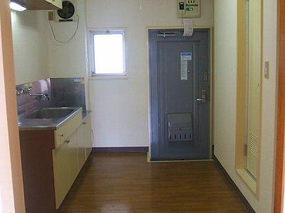 マンションアヤメ 303号室のキッチン