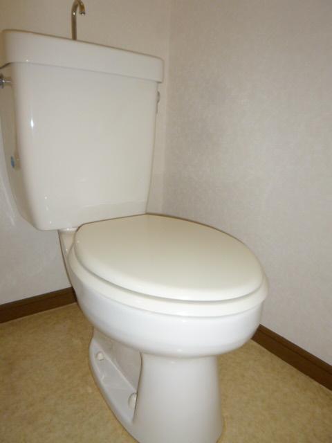 オリーブハウス2 203号室のトイレ