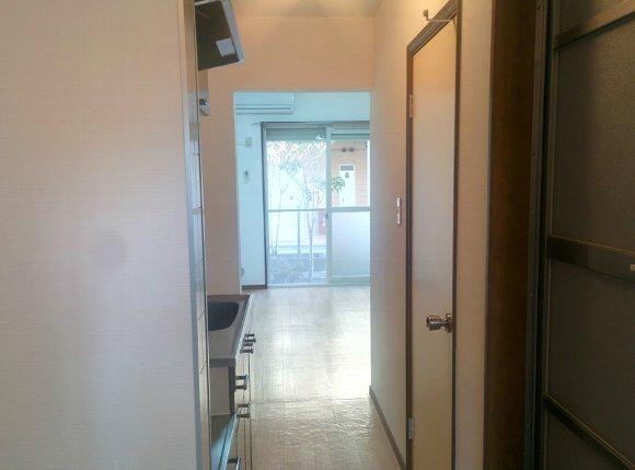ベルガーネットA・B B101号室の玄関