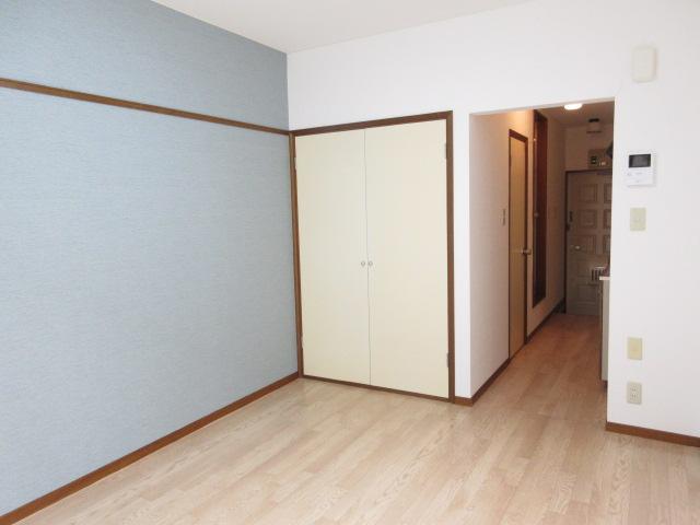 ベルガーネットA・B B101号室のリビング