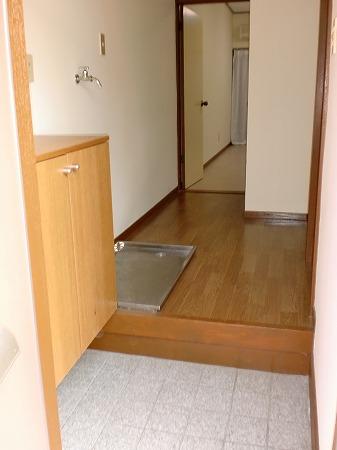 神明台ハイツ1・2の玄関