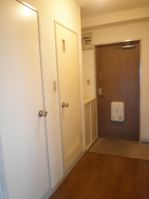 田口ビル 901号室の玄関
