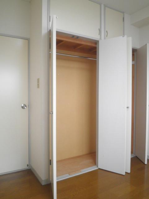 田口ビル 901号室の収納