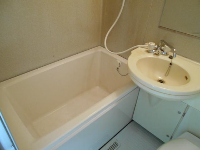 ビオ・トープ 106号室の風呂