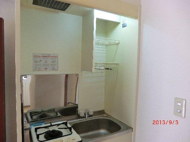 グランエスポアール 103号室のキッチン