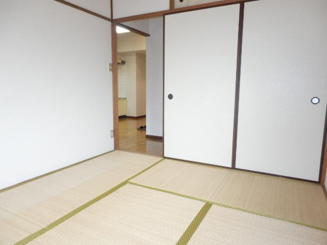グランエスポアール 503号室のリビング