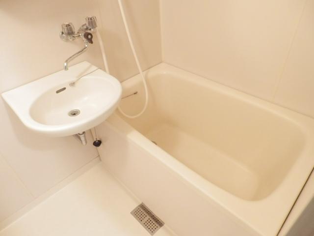 グランエスポアール 503号室の風呂
