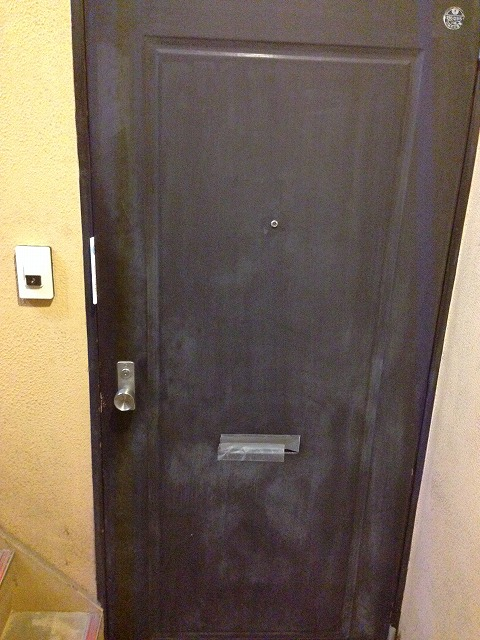 マンション渡田 302号室の玄関