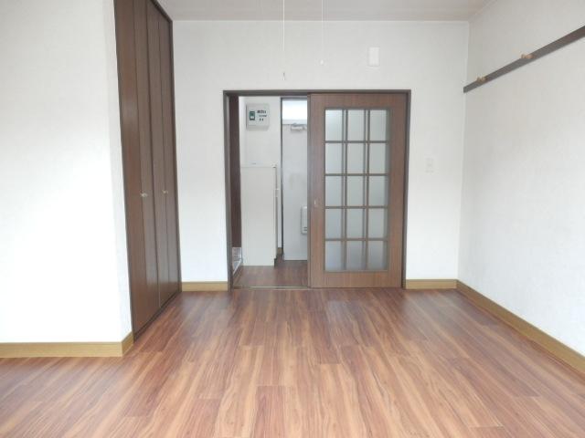 小野ハイツ 202号室の居室